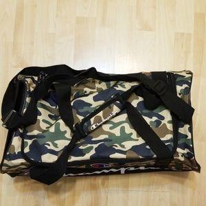 Champion Bags - 🔥CHAMPION DUFFLE GYM BAG 💥NWT💥 6e4dab16caaca